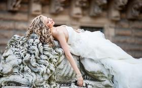 Картинка белое, платье, блондинка, лежит, невеста