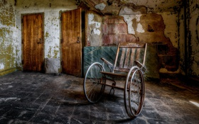 Обои двери, коляска, комната