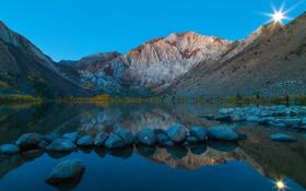 Обои небо, озеро, горы, камни