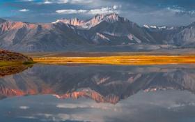 Обои небо, облака, горы, озеро, отражение, зеркало