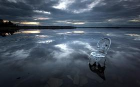 Обои ночь, озеро, кресло