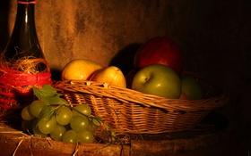 Обои бутылка, яблоко, виноград, груши