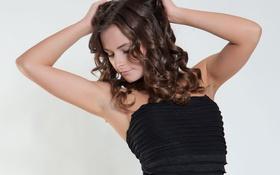 Картинка девушка, поза, фон, руки, Romina A
