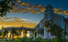 Обои закат, Калифорния, церковь, США, лучи солнца