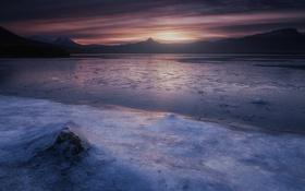 Обои зима, солнце, горы, лёд, дымка
