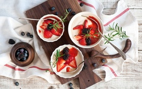 Обои ягоды, черника, клубника, ежевика, творожный завтрак