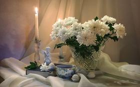 Обои чай, свеча, ангел, конфеты, натюрморт, хризантемы