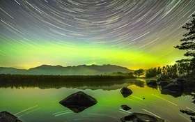 Картинка небо, звезды, деревья, горы, природа, озеро, камни