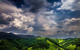 Обои небо, облака, горы, зеленый, горизонт