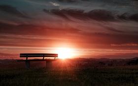 Обои солнце, закат, скамейка, тучи, горизонт
