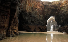 Обои Playa Las Catedrales, Галисия, Испания, лабиринты, люди, камни