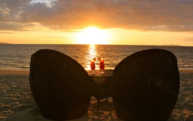 Картинка закат, океан, вечер, кресла, столик