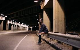 Картинка дорога, девушка, улица, кеды, рубашка