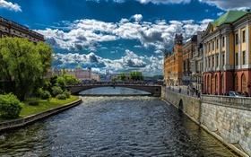 Обои Швеция, Стокгольм, дома, река, мост, деревья, облака