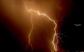 Картинка город, огни, молния, photographer, Florent Bilen