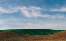 Обои поле, небо, облака, линии, ферма
