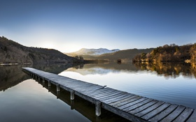 Обои небо, озеро, отражение, холмы, зеркало, пирс