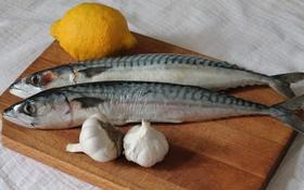 Обои лимон, рыба, чеснок