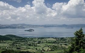 Обои небо, облака, долина, Италия, островок, Лацио, Браччано