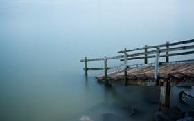 Обои море, туман, лестница