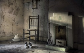 Обои комната, стул, туфли, камин