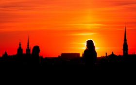 Обои небо, девушка, закат, город, башня, силуэт