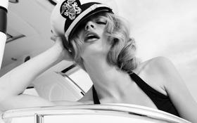 Картинка купальник, девушка, яхта, фуражка