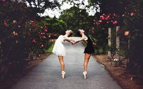 Картинка девушки, белое, черное, балерины
