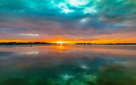 Картинка небо, облака, закат, природа, озеро, отражение, краски