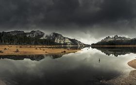 Обои облака, озеро, зеркало, гроза, деревья, холм, Батт