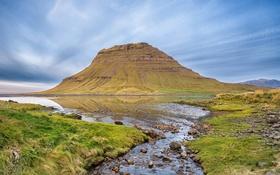 Обои небо, облака, озеро, ручей, камни, гора, Исландия