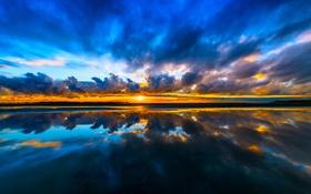 Картинка небо, солнце, облака, закат, тучи, озеро, отражение