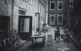 Картинка город, девушки, улица, здания, велосипеды
