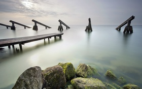 Картинка море, мост, камни