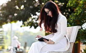 Картинка девушка, книга, азиатка