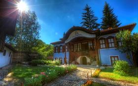 Обои Koprivshtitsa, Болгария, лучи света, особняк, газон, фото, дом
