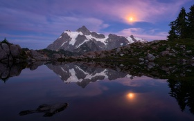 Обои вершина, гора, луна, озеро, снег, лес