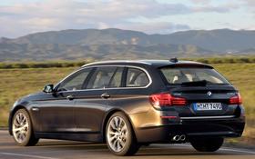 Обои дорога, машина, небо, BMW, xDrive, Touring, Modern Line