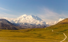 Картинка дорога, небо, облака, снег, горы, долина, солнечный