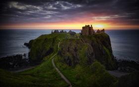 Обои море, небо, закат, замок, руины, на краю