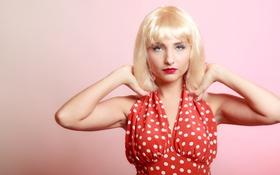 Обои волосы, Девушка, лицо, блондинка, фон, платье в горошек, взгляд