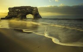 Обои пляж, побережье, арка, рассвет, океан, скала