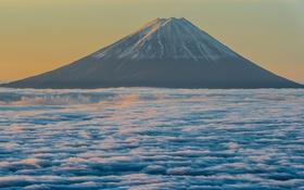Обои небо, облака, гора, вулкан, Япония, Фудзи
