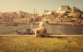 Картинка девушка, лодки, канал, Португалия, солнечный, Порто, Вила-Нова-ди-Гая