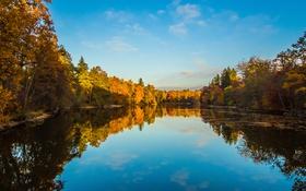 Обои деревья, пейзаж, осень, небо, облака