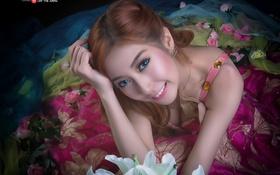 Картинка взгляд, улыбка, азиатка, красивая, ракурс, голубоглазая, личико