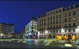 Обои ночь, огни, Франция, дома, площадь, фонари, фонтаны