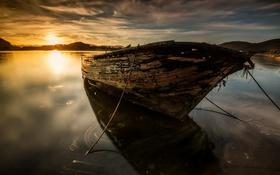 Обои озеро, лодка, закат