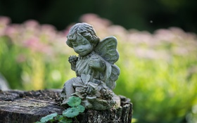 Обои листья, пень, ангел, статуэтка