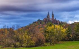Картинка осень, лес, небо, деревья, замок, башня, холм